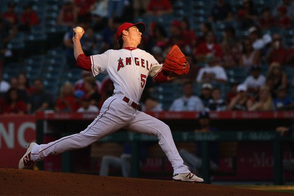 Tim Lincecum Photos Photos Texas Rangers V Los Angeles Angels Of Anaheim With Images Los Angeles Angels Texas Rangers Angel Stadium