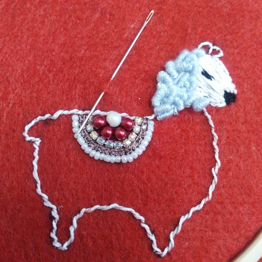 بنظر شما لاماست یا گوسپند این ترکیب جواهر دوزی و گلدوزی برزیلی هست که میخواد تبدیل به گلسینه بشه به زودی هم تکم Crochet Earrings Drop Earrings Earrings