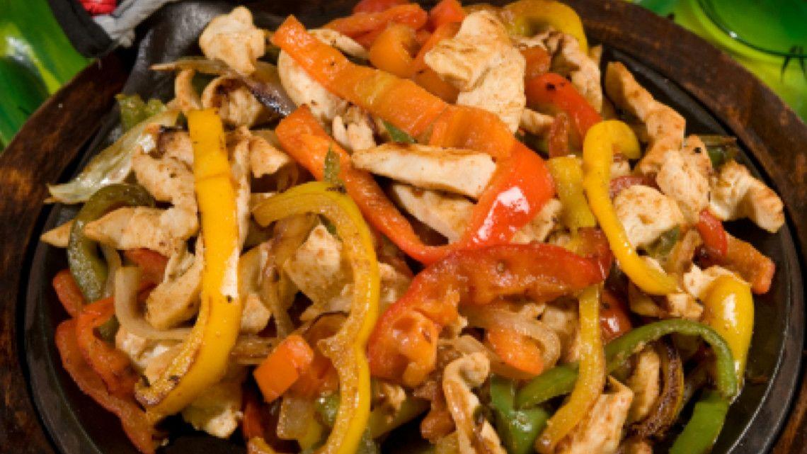 Healthy mexican food chicken fajitas recipe food pinterest food healthy mexican food chicken fajitas recipe forumfinder Gallery