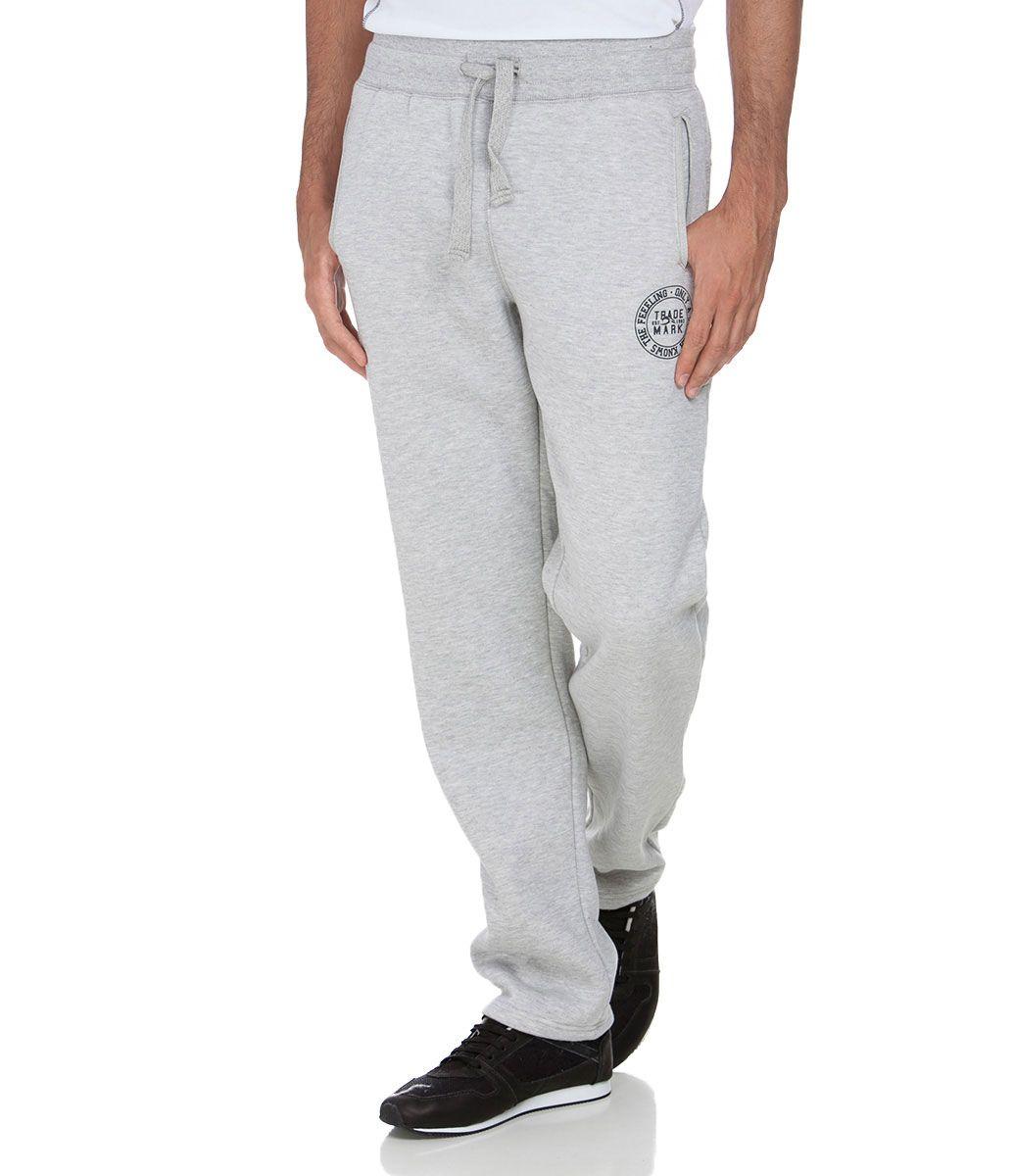 Calça masculina Com amarração Marca  Ripping Tecido  Moletom Composição   60% algodão e 40% poliéster. Modelo veste tamanho  P COLEÇÃO INVERNO 2015  Veja ... 0cf04963de8
