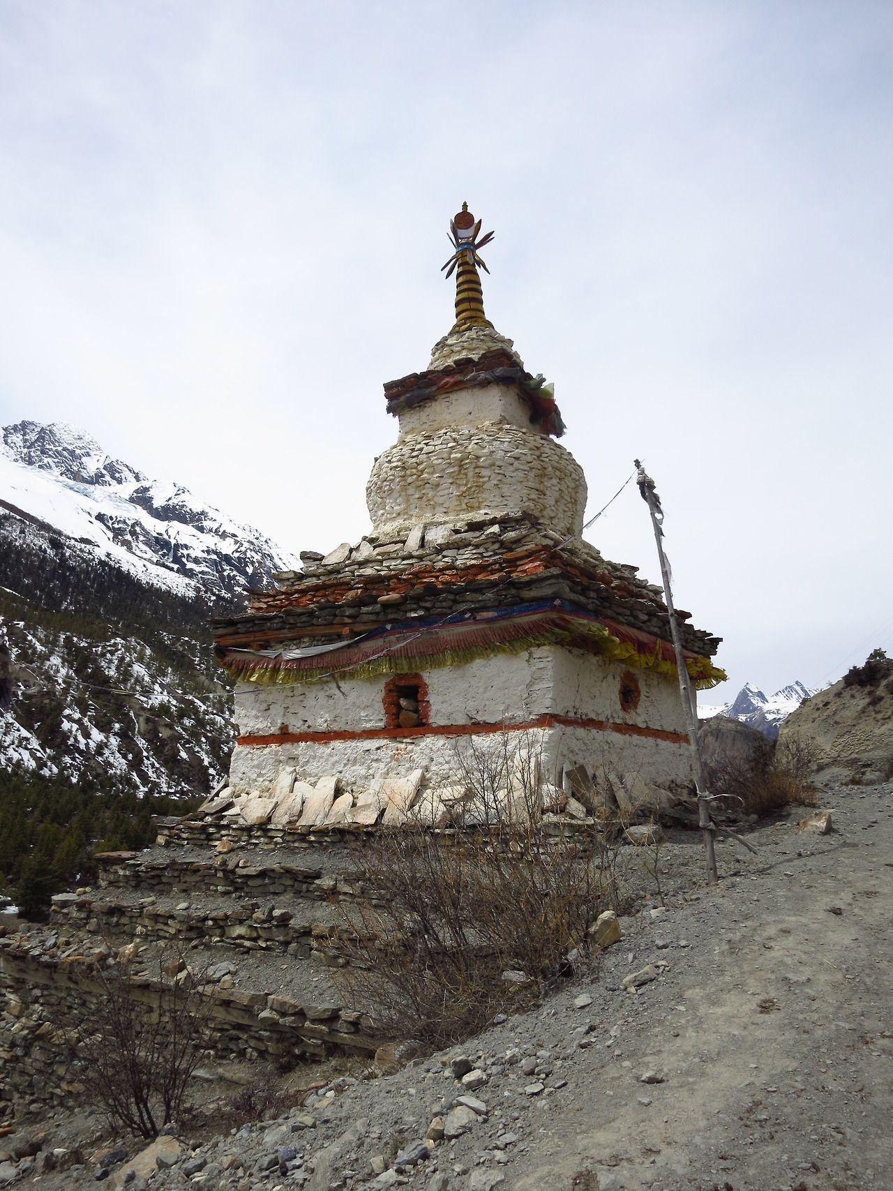 buddhist stupa buddhist monasteries hermitages shrines