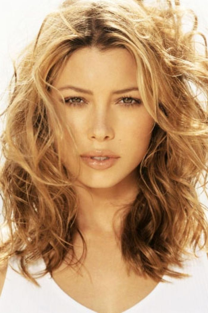 Hairstyles For Naturally Wavy Hair : Sensational medium length curly hairstyle for thick hair nice