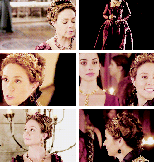 """[GIFSET] """"Help us, you didn't before, help us now."""" #2x04 #TheLambAndTheSlaughter #CatherineDeMedici"""