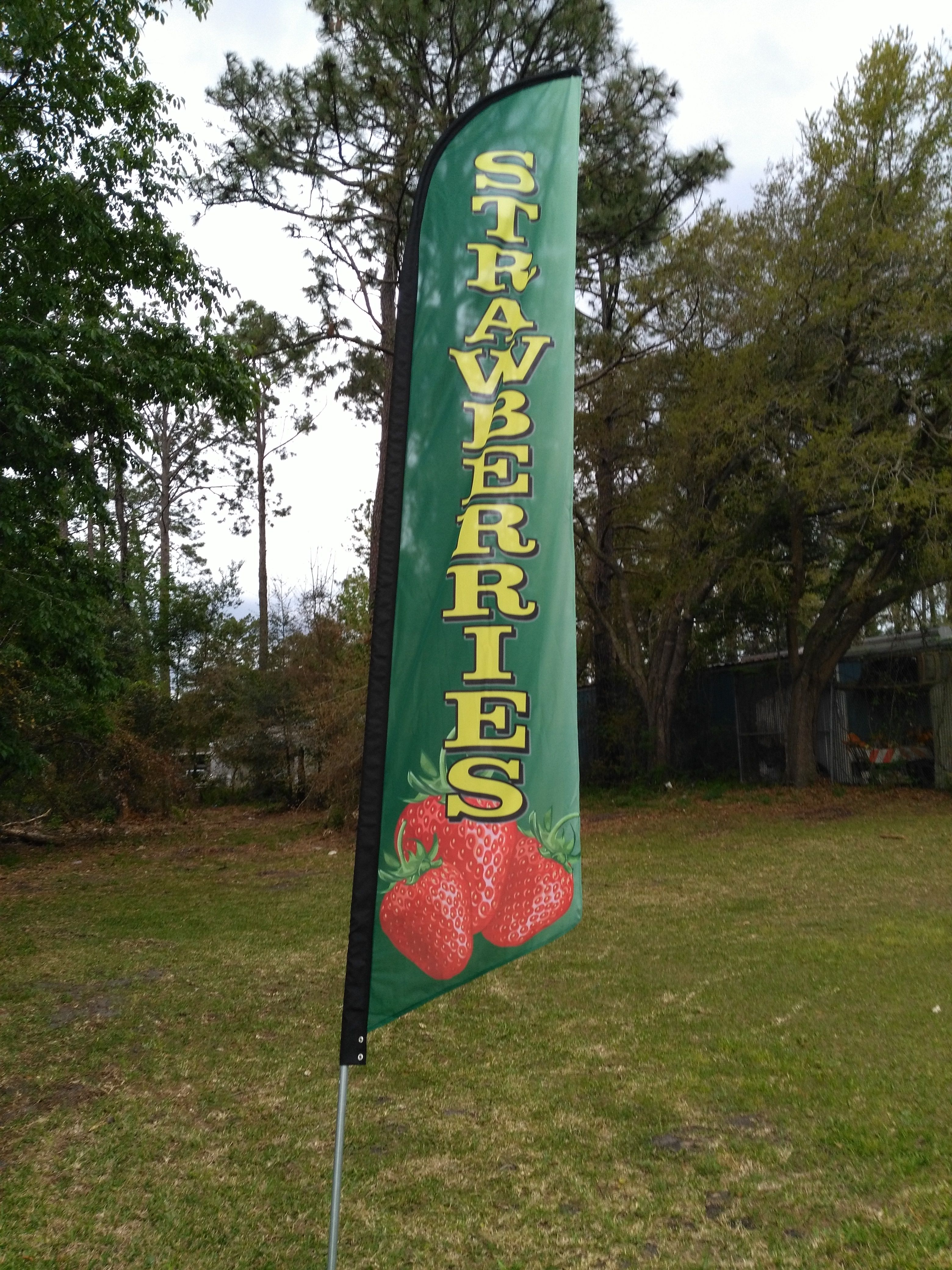 Flagsandsigns Com Strawberries Swooper Flag Banner Outdoor Flags Flag Banners Flag