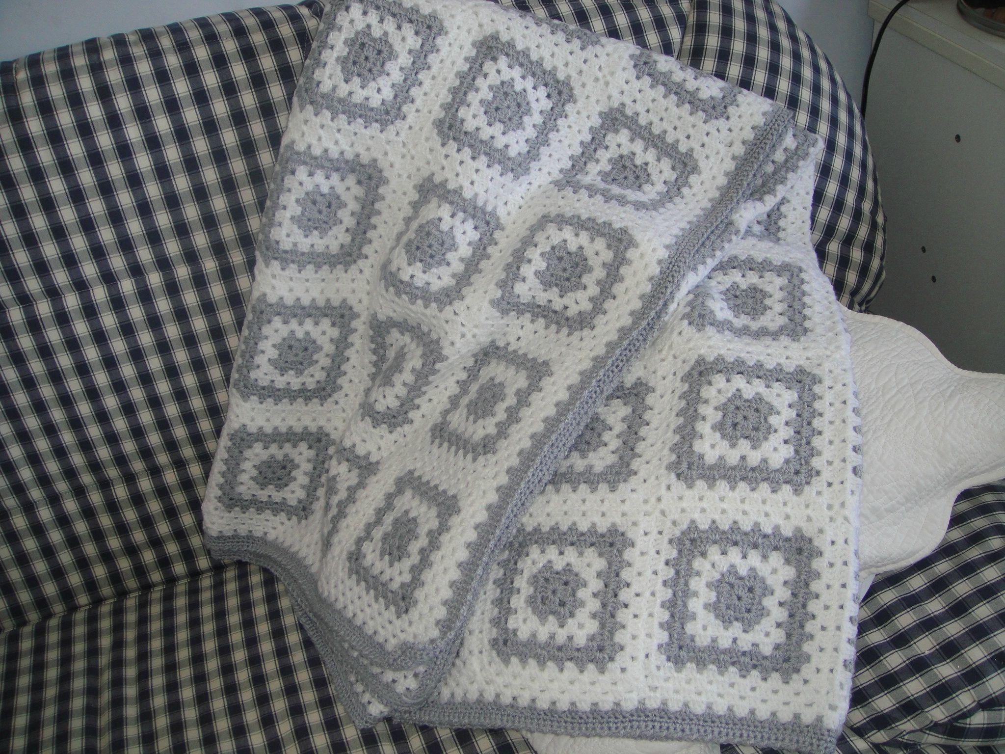 couverture facile crocheter crochet couverture b b. Black Bedroom Furniture Sets. Home Design Ideas