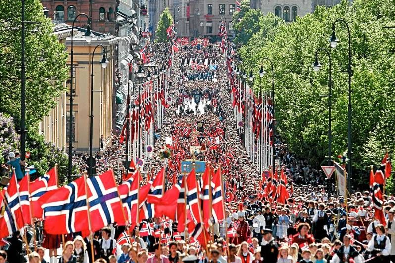 bfd74576 17. May, The Norwegian Constitution Day | Norway | Norway, Beautiful ...