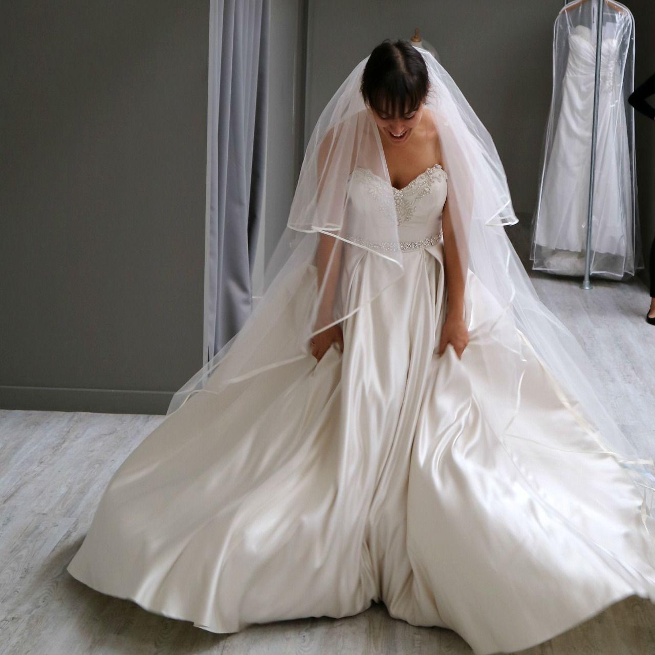 The reality of wedding dress shopping - Wed2B Northampton ...