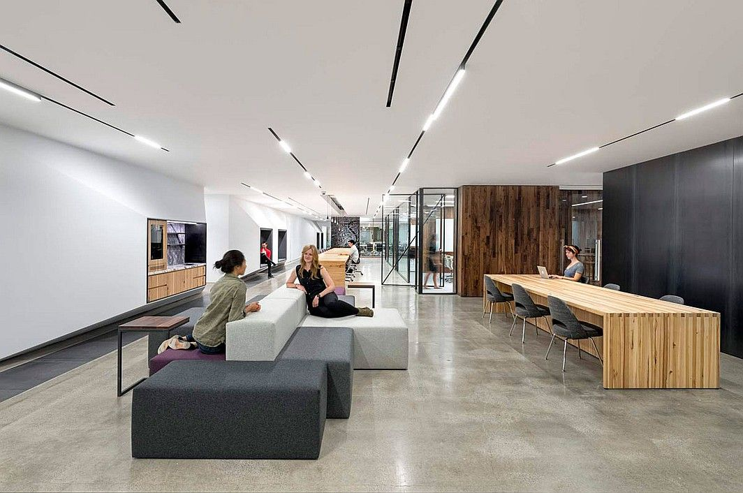 Over and above: studio o a designs hq for uber all office design