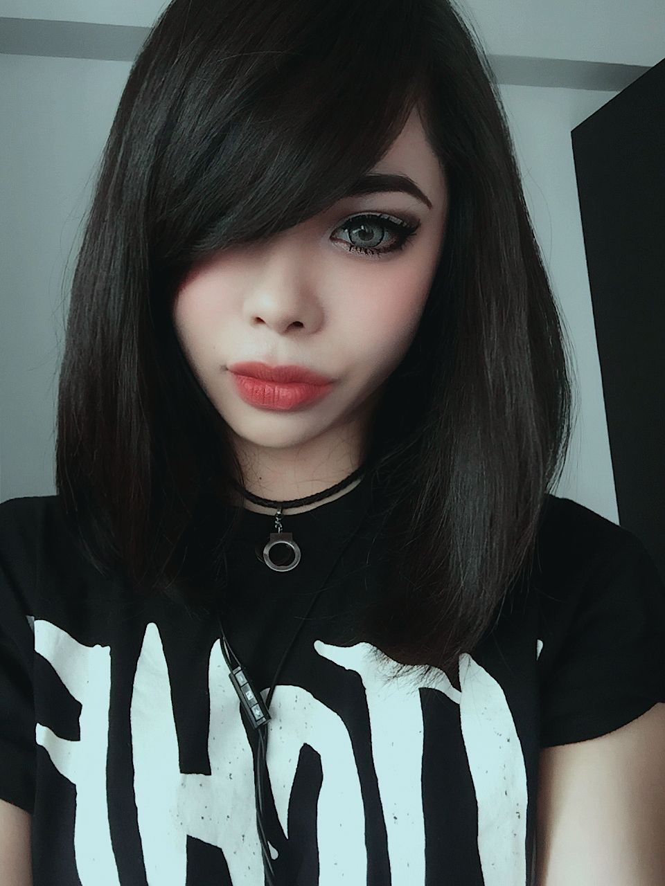 Disgusted sexy pinterest gothic goth girls and gothic beauty