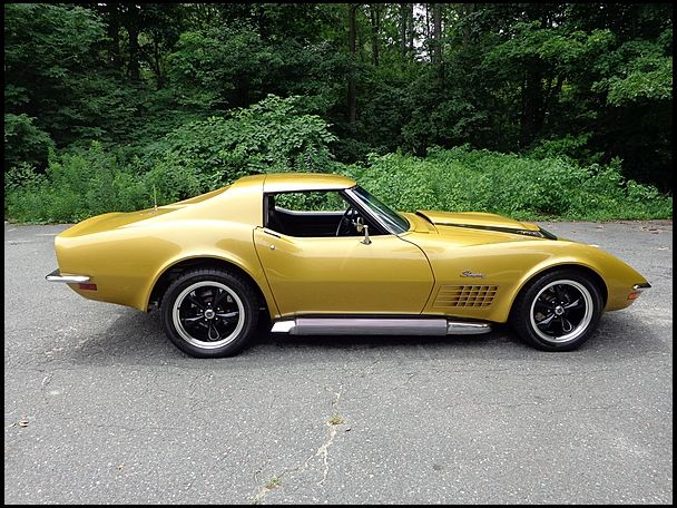 F91 1970 Chevrolet Corvette Coupe 454/500 HP, Automatic Photo 2
