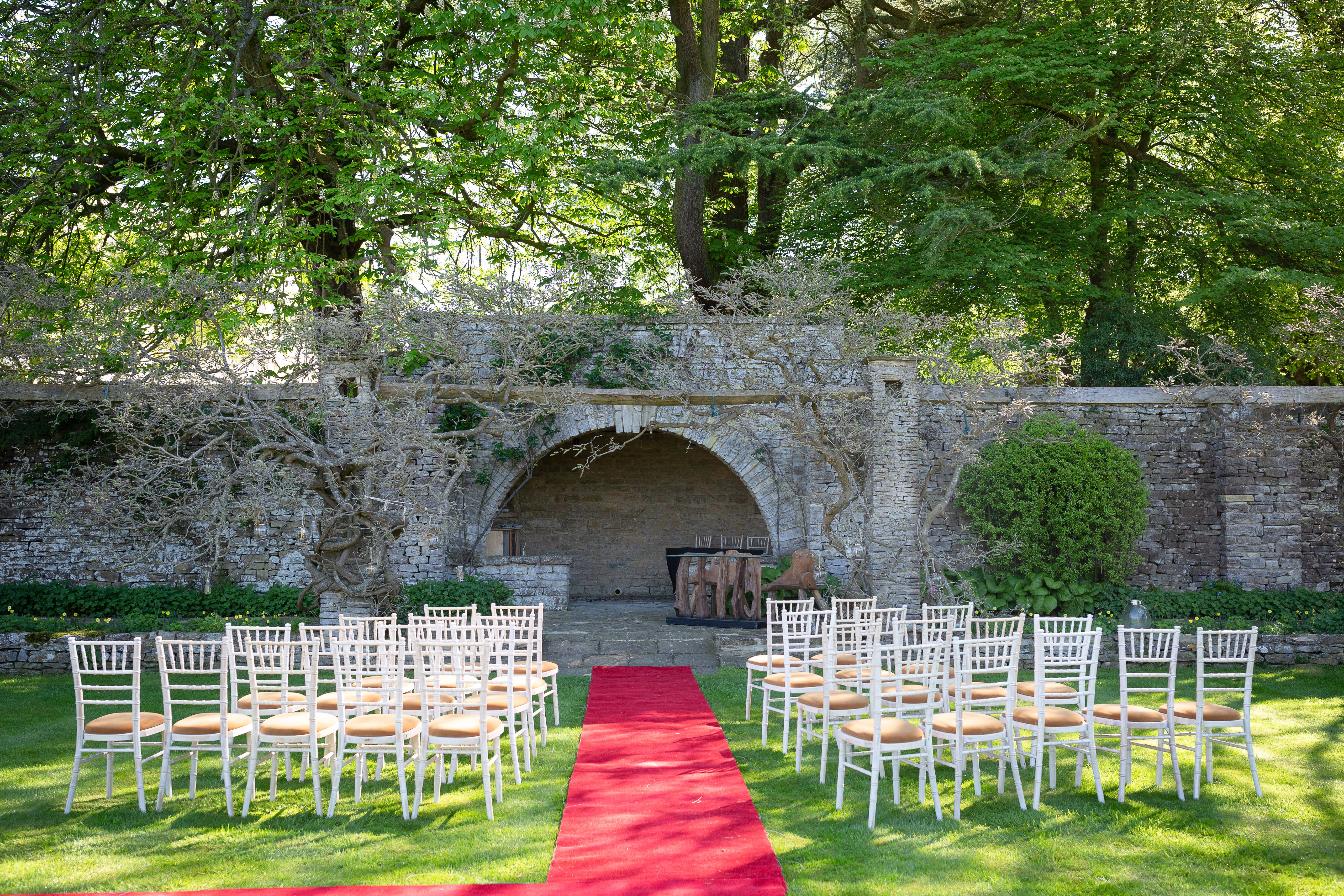 Outside Wedding Ceremony At Glenfall House Wedding Venue Cheltenham Outside Wedding Ceremonies Outside Wedding Wedding Venues Uk