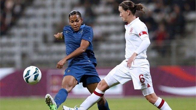 http://fr.fifa.com/mm//Photo/FootballDevelopment/Women/01/78/89/95/1788995_FULL-LND.jpg