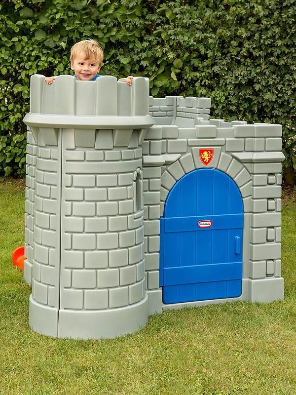 Classic Castle Playhouse in 2020 Play houses, Castle