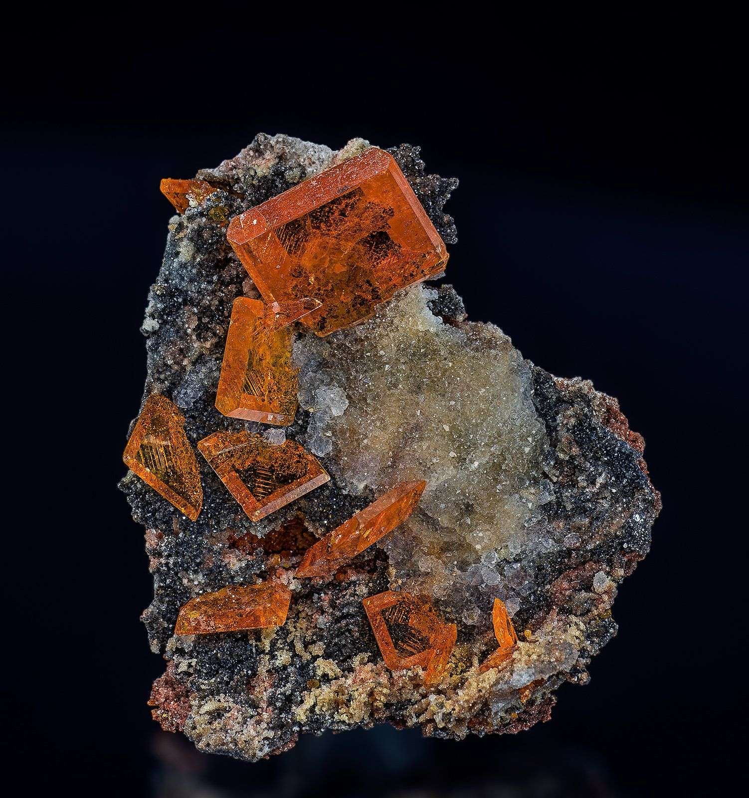 Wulfenite, Quartz Locality: Chah Milleh Mine, Chah Milleh, Anarak District, Nain County, Esfahan Province, Iran Dimensions: 3.2 x 2.7 cm