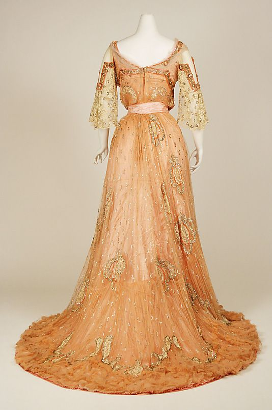 2ce0d5e5372a 1900 Ball Gown Back | Fashion: Traditional | Historische Kleidung ...