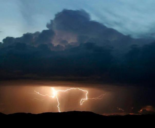 Scary & beautiful lightning sky