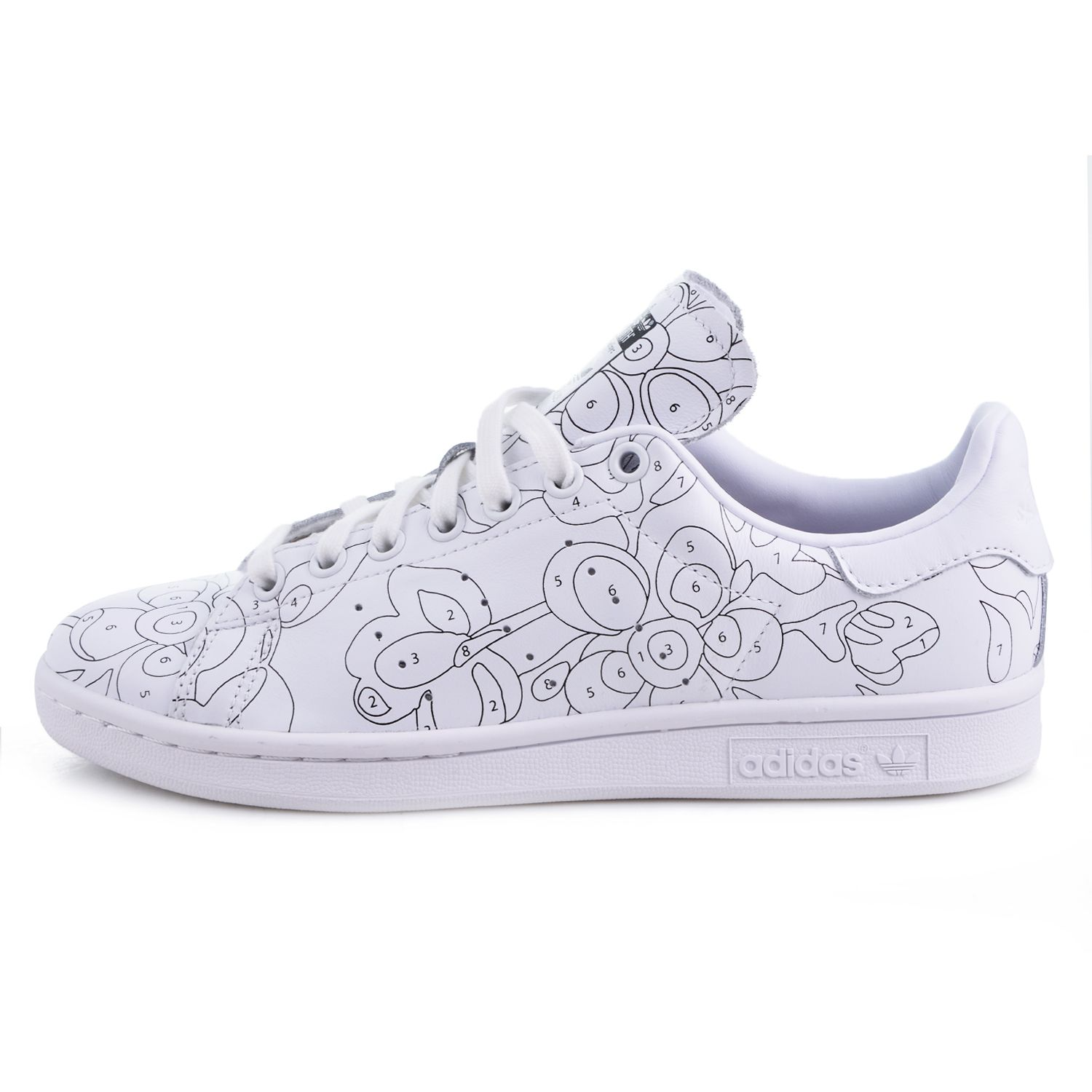STAN SMITH   lovely shoes en 2019   Customiser chaussures