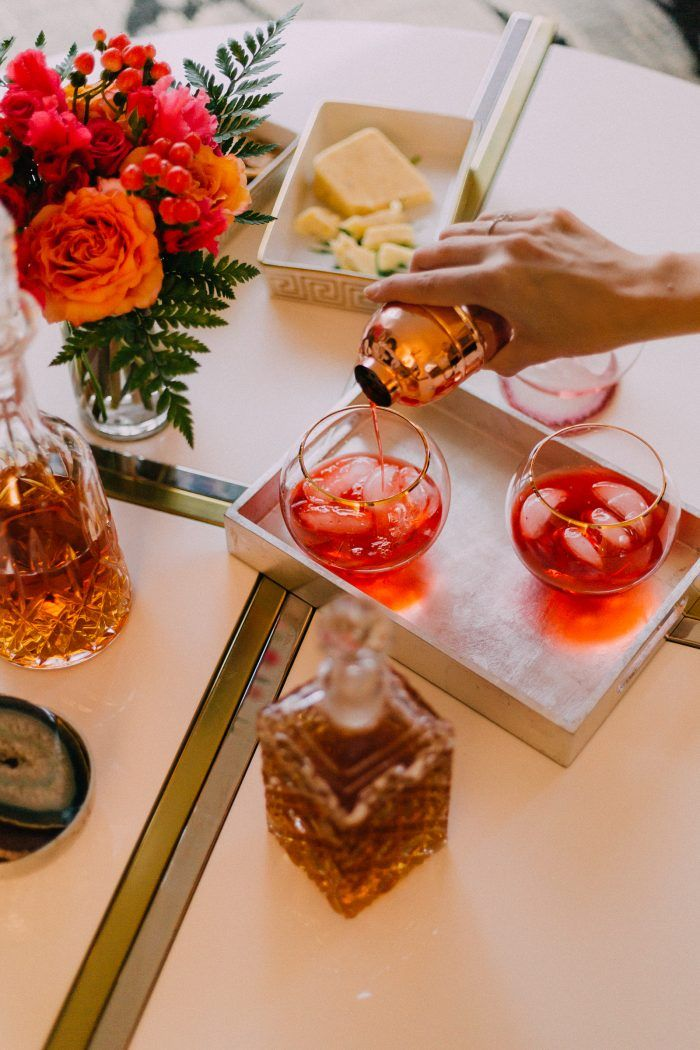 Finally checked in and on my way to a warmer climate ✈️ While I am in the air check out this delicious Aperol & Bourbon Cocktail recipe perfect New Years Eve drinks. Recipe up on the blog. 🍹by me, pretty 📸 by @danielabistrain