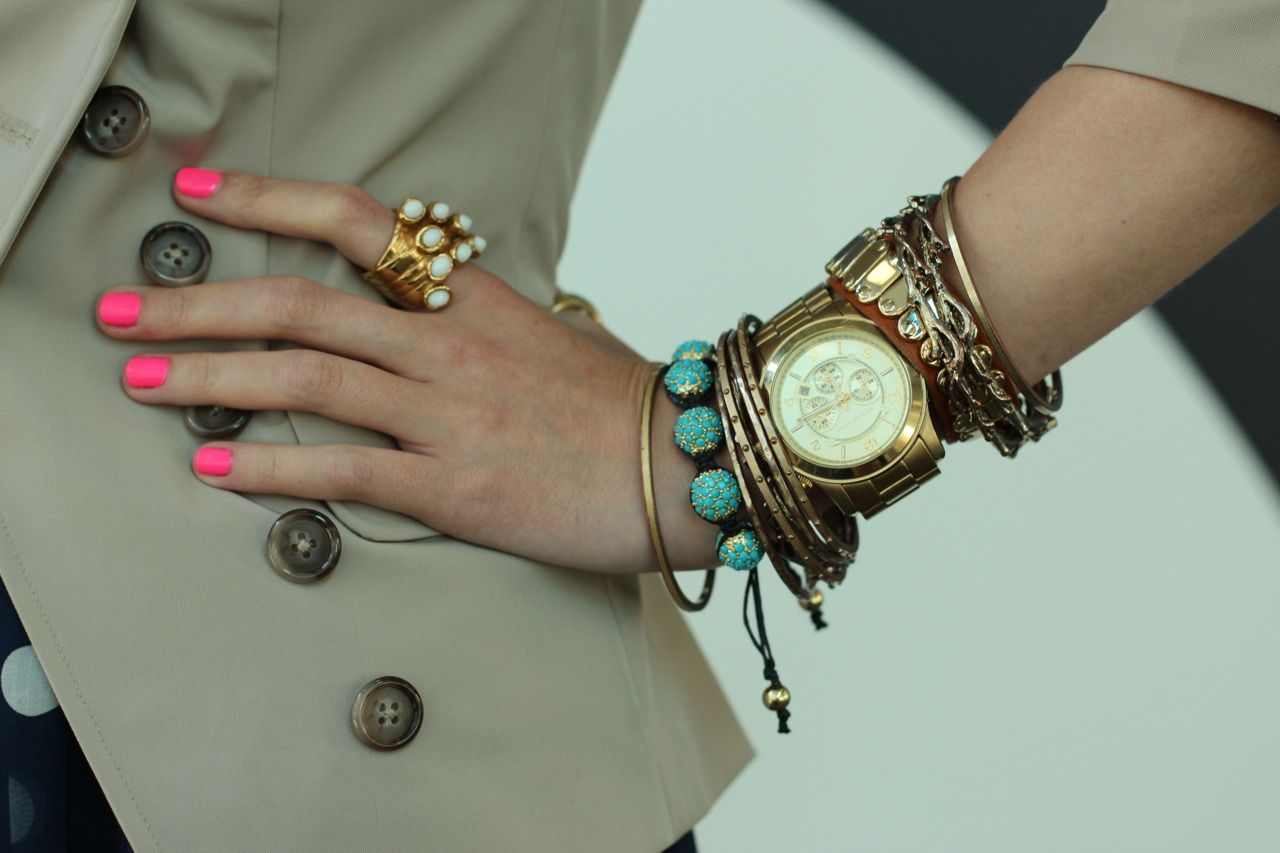 No one does arm party better than the gorgeous Blair Eadie, of Atlantic-Pacific!