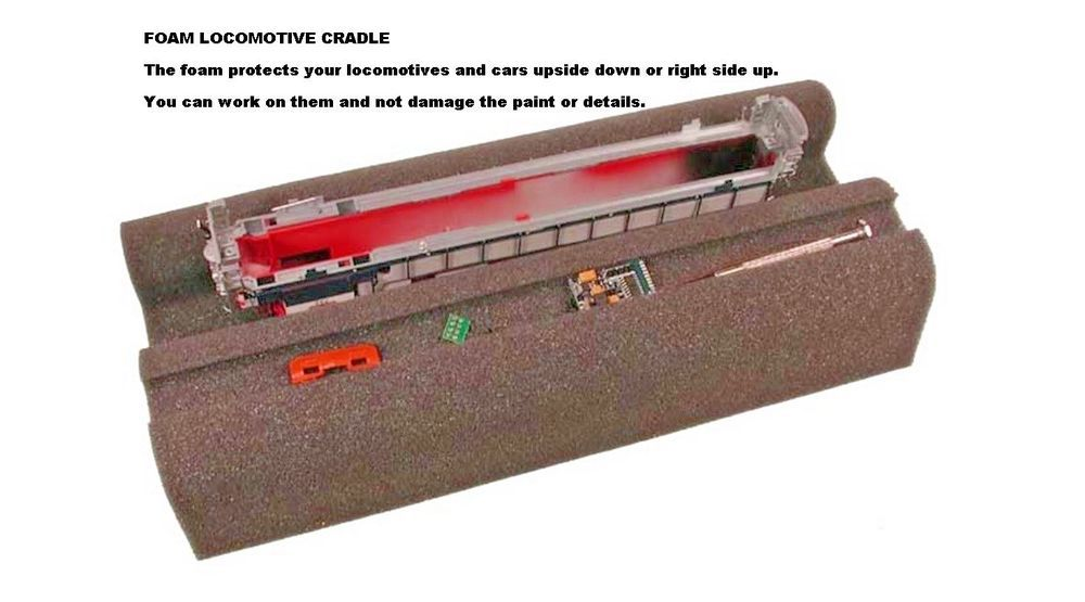 X9439 Hornby Spare UNDERFRAME for CL101
