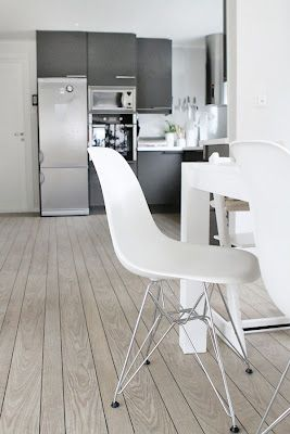 Via Fru Fly | Kitchen | Eames