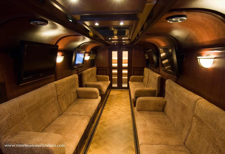 Bar Lounge Mobel ~ The mobile cigar lounge has custom designed interiors that