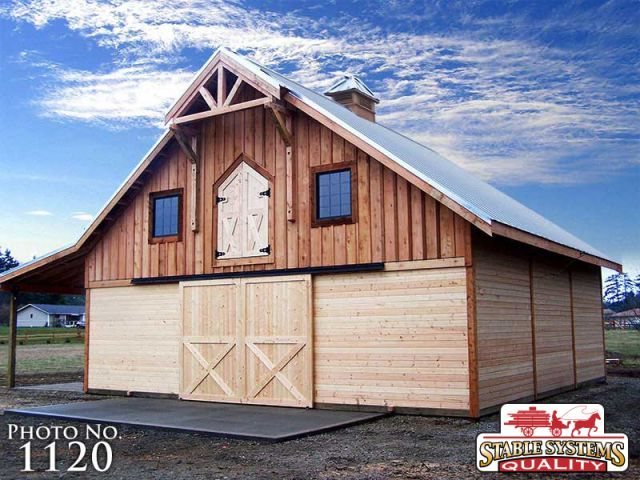 Barns And Interiors Horse Pole Barns Stable Systems Inc Barn Living Barn With Living Quarters Barn