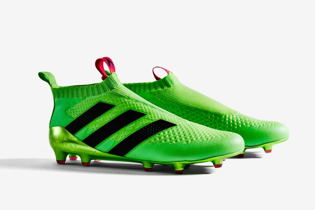 e3444f2825298 adidas Releases Laceless Football Boot
