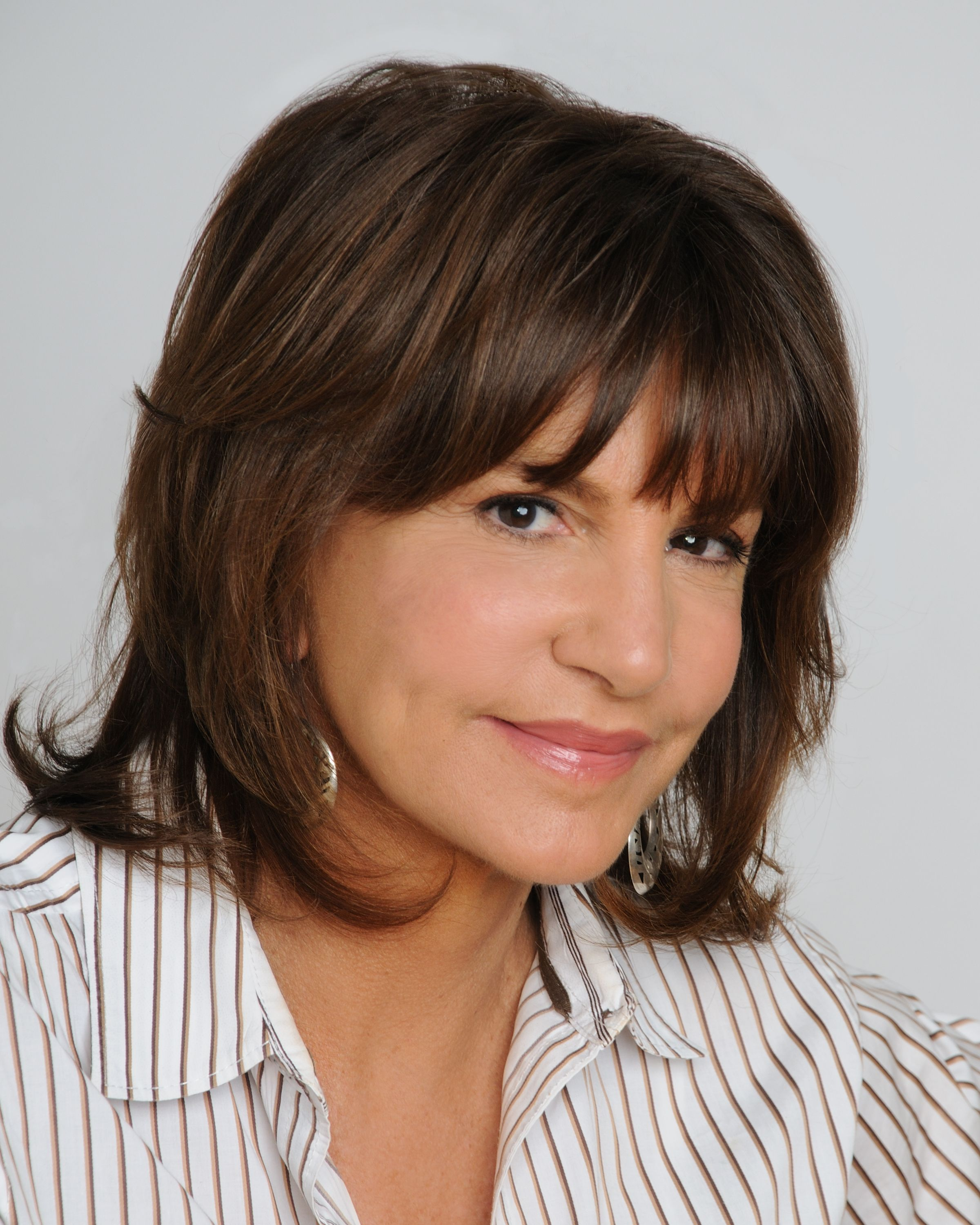 mercedes ruehl measurements