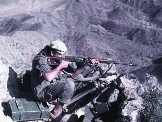 "warhistoryonline: ""Soviet Snipers during war in Afghanistan http://wrhstol.com/2fO6K1y """