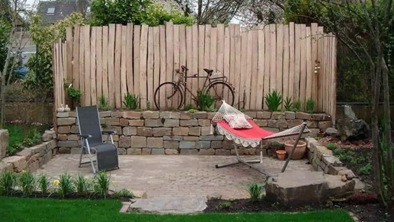 22 Schone Gartengestaltung Ideen Kleiner Garten Sichtschutz 15 In 2020 Sichtschutz Garten Kleiner Garten Gartengestaltung