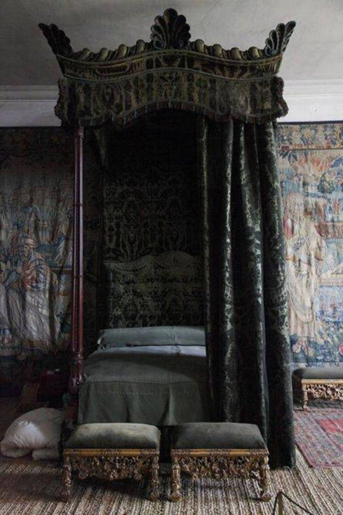 Gothic Bedroom Decor With Canopy Bed And Wallpaper And Benches