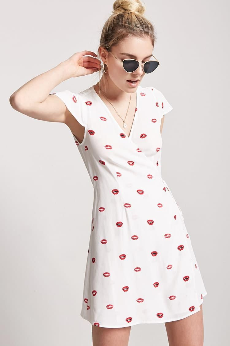 d3bb8c585ce6 Lip Print Wrap Dress    19.90 USD    Forever 21