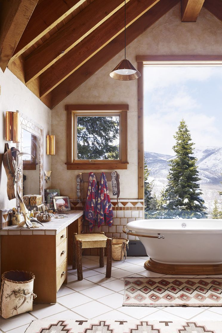 How To Turn Your Master Bathroom Into A Masterpiece Beach Bathroom Decor Modern Bathroom Decor Beautiful Bathrooms