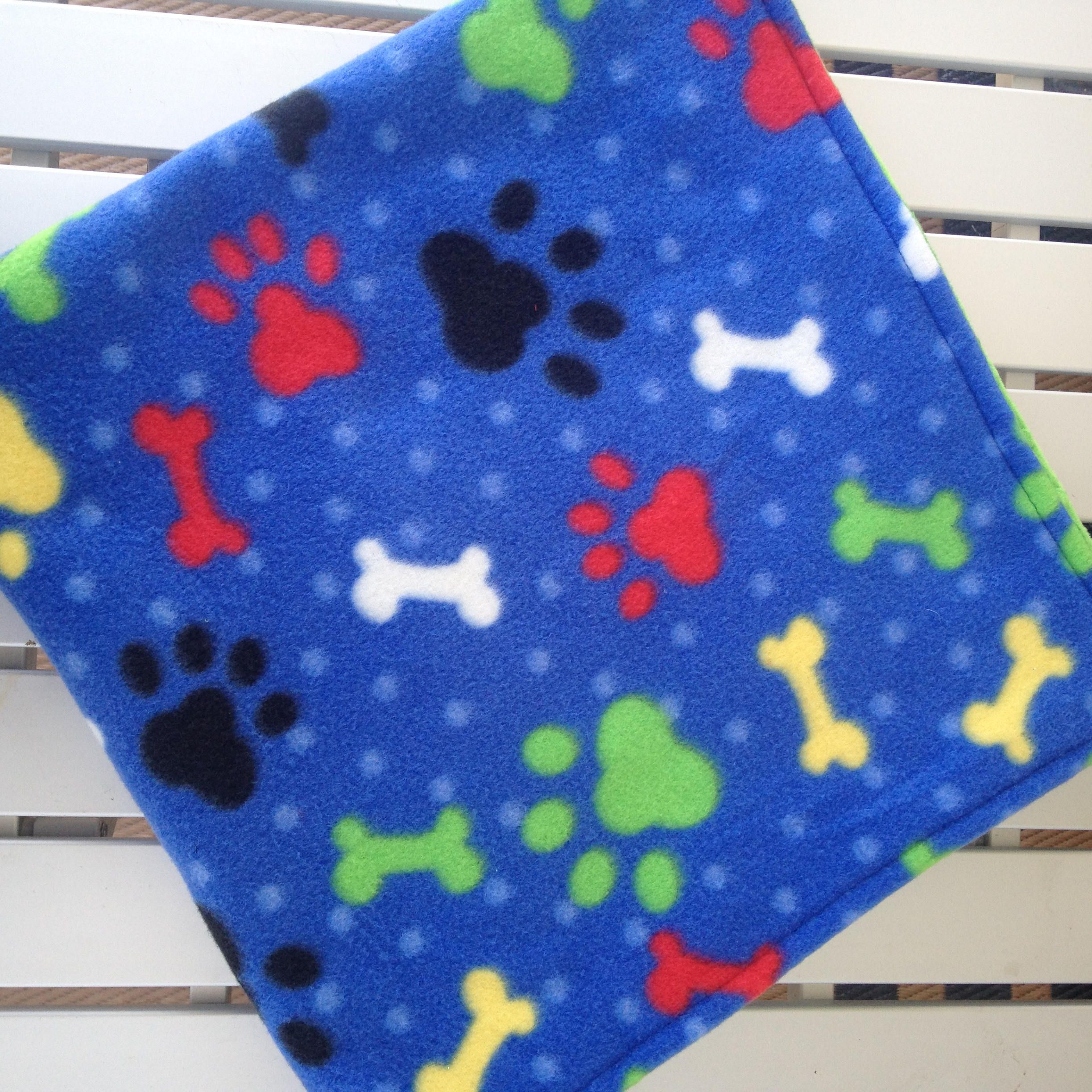 dd40eb1c05 Fleece Dog Blankets