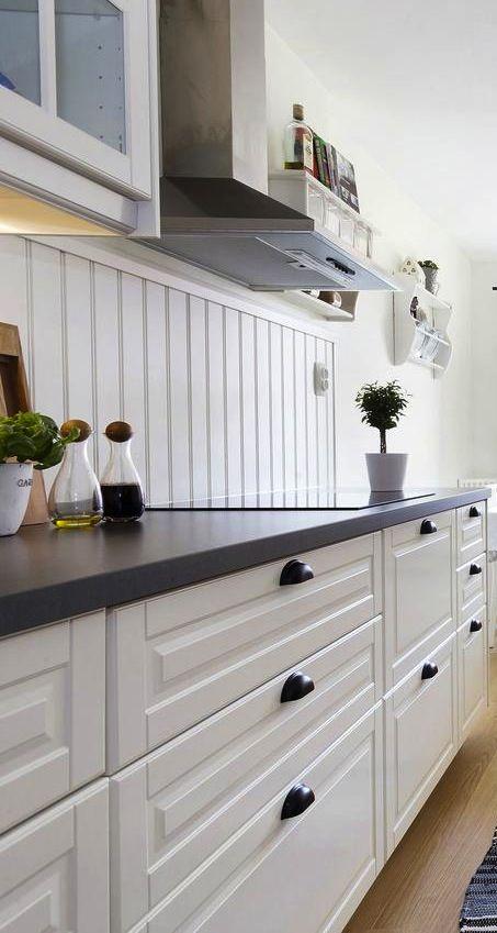 Best Bodbyn With Black Or Dark Grey Bench Different 400 x 300