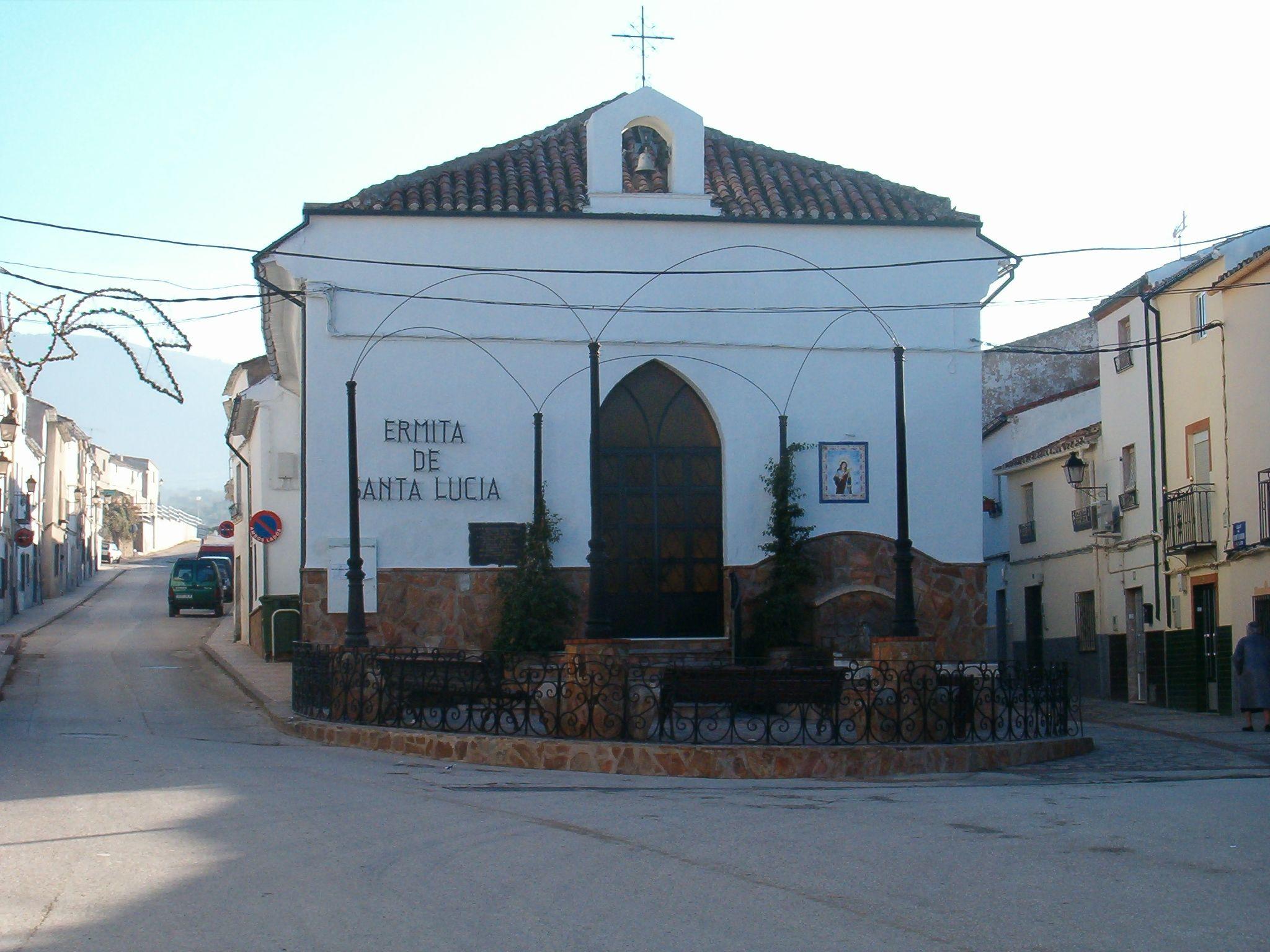 fachada principal de la Ermita de Santa Lucia