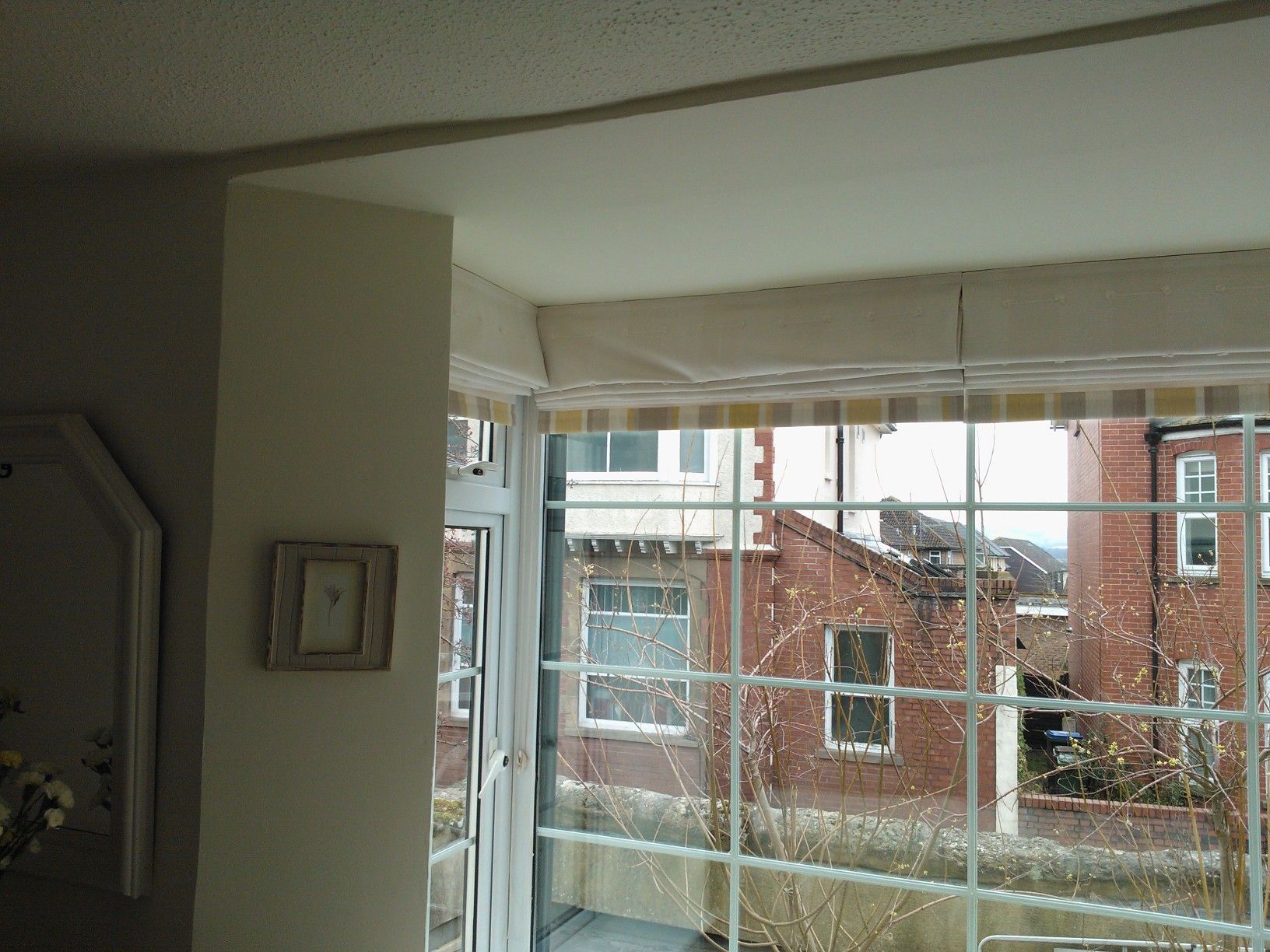 Square Bay Window 4 Sets Of Roman Blinds Lined With Bottom Border
