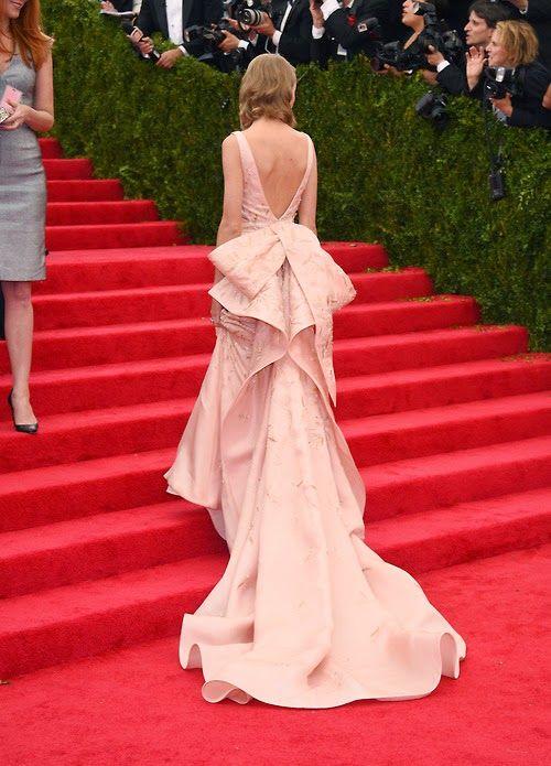 RedCarpet- #METBALL / #METGALA2014! Taylor Swift en Oscar de la ...
