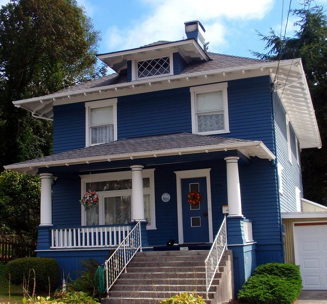Beautiful Home Exterior Colors: Beautiful Old Dark Blue Foursquare House In Astoria