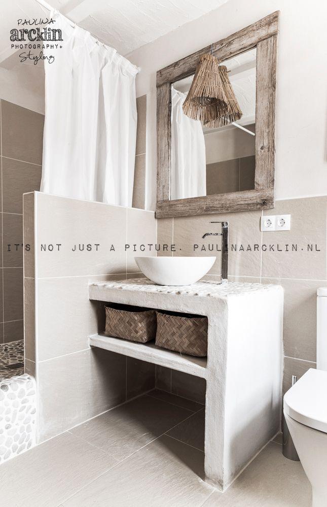idée encore du muret avec toilette ou lavabo collé | Idée ...