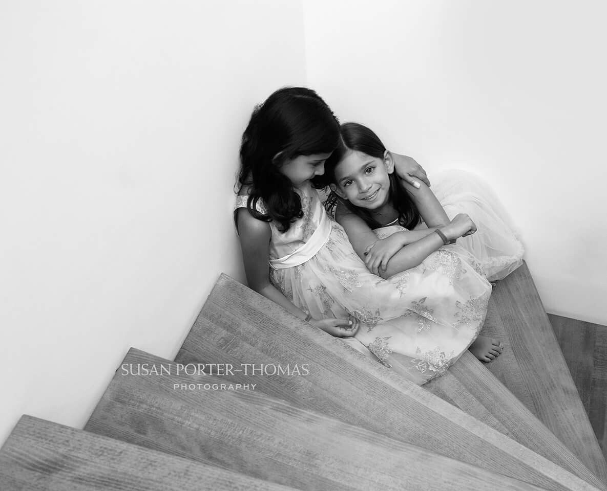 Home photo shoot of 2 sisters | Children and Family portraits by ...