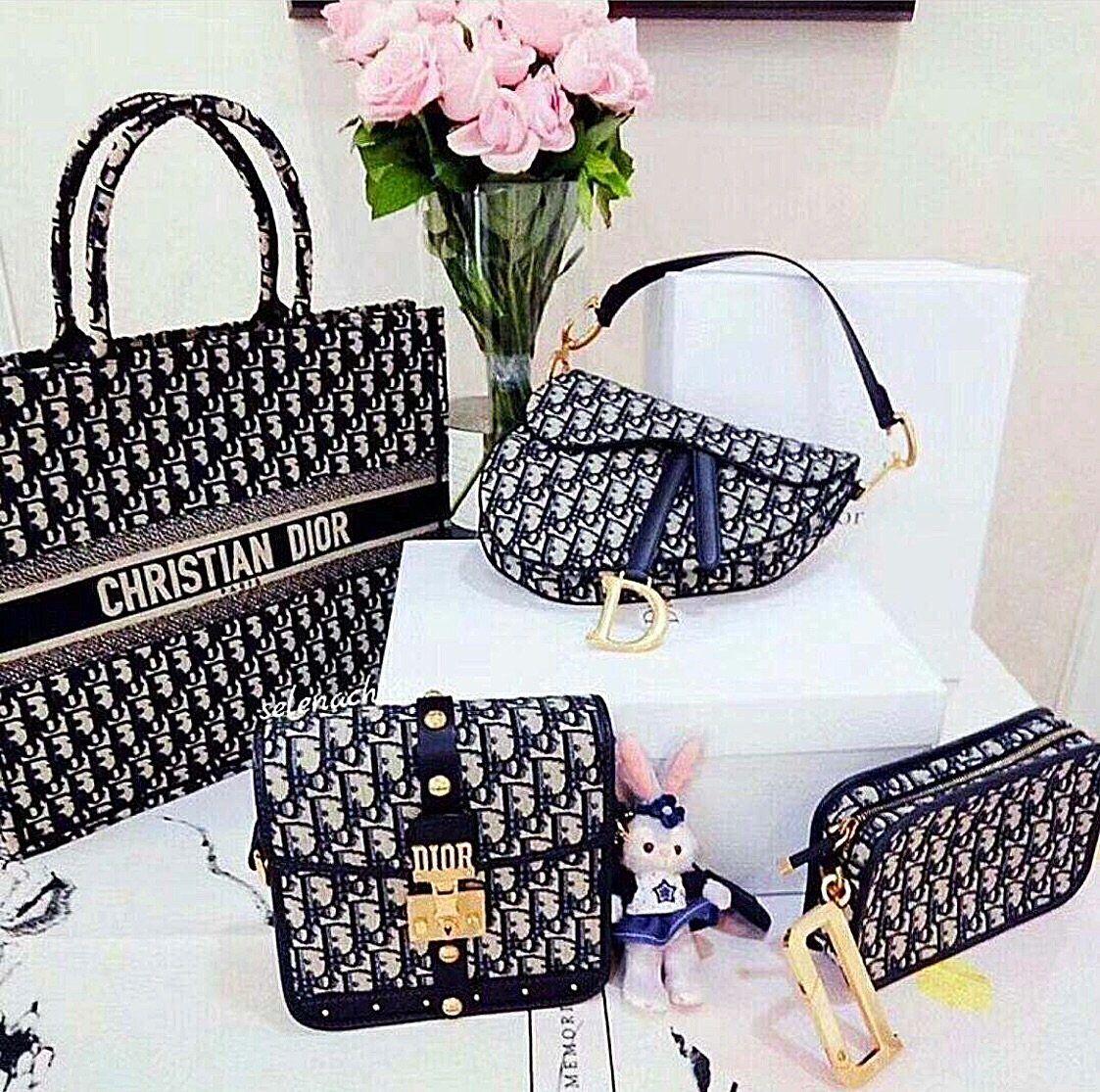 Dior Inspired Oblique Crossbody Bag Celebrity Inspiracion In 2020 Christian Dior Bags Dior Purses Luxury Purses