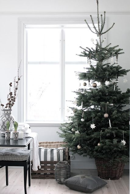 Scandinavian christmas charming christmas Pinterest Xmas
