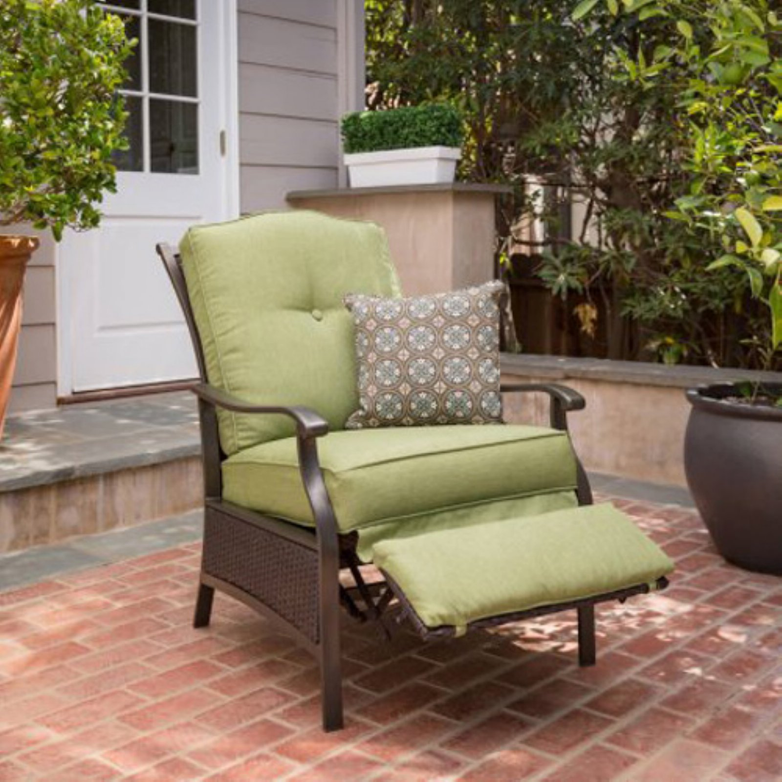 Better Homes & Gardens Providence Outdoor Recliner Green