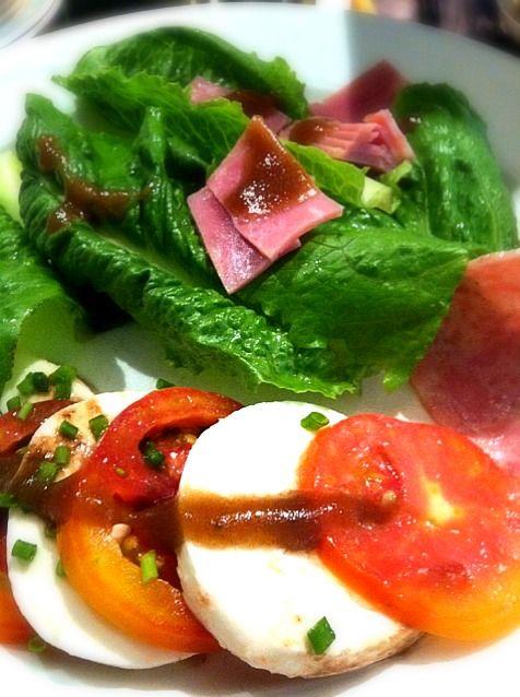 レシピとお料理がひらめくSnapDish - 46件のもぐもぐ - Tomato Mozzarella Cheese Salad by Kandy
