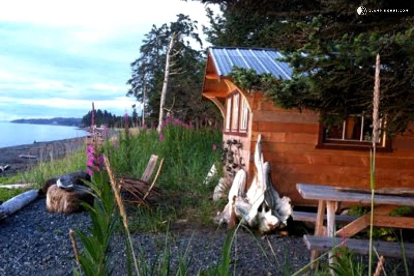 cabins cabin rental lodging shot ididaride listings of rentals outside well seward family abode alaska