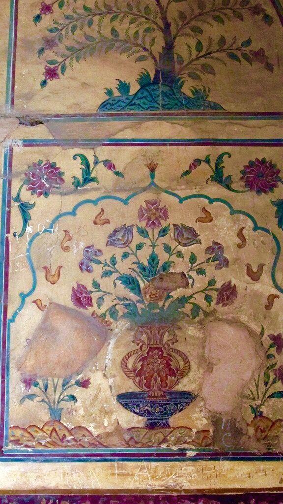 Intricate hand painted Art work of  Shahi Qilla (Lahore Fort) Pakistan.