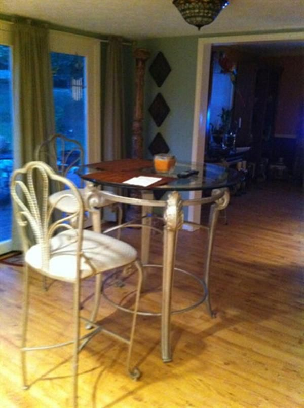 Bedside Step Stools For Adults: Well Furnished Bedroom For Rent In 4Bed