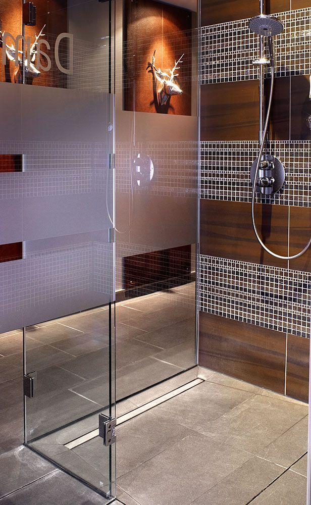 Wedi Fundo Riolito Floor Level Shower Element With Linear Drainage Leaking Shower Bathroom Renovation Shower Renovati Diseno De Banos Platos De Ducha Banos
